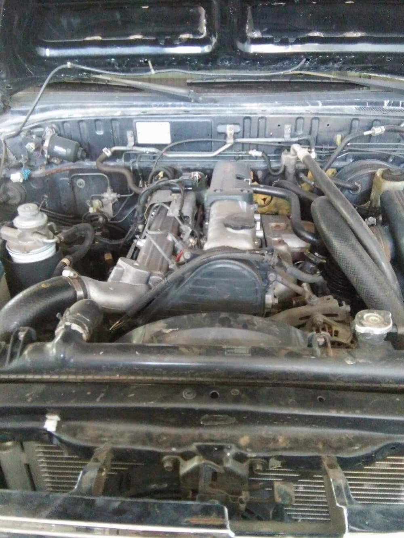 Cần bán xe Ford máy dầu