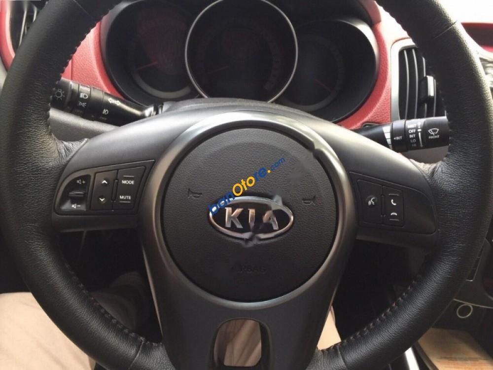 Bán xe Kia Forte Koup đời 2010, màu trắng, xe nhập chính chủ