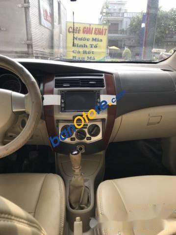 Bán ô tô Nissan Grand livina MT năm 2011 xe gia đình