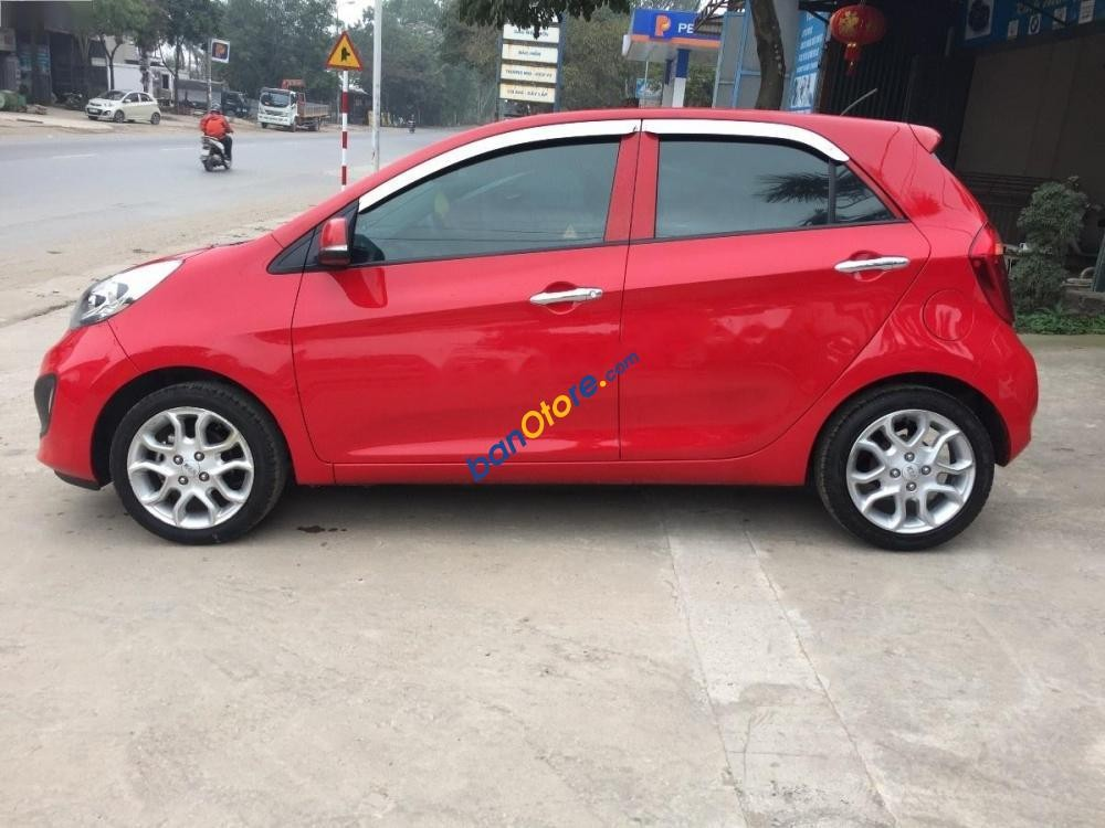 Cần bán Kia Picanto sản xuất 2013, màu đỏ