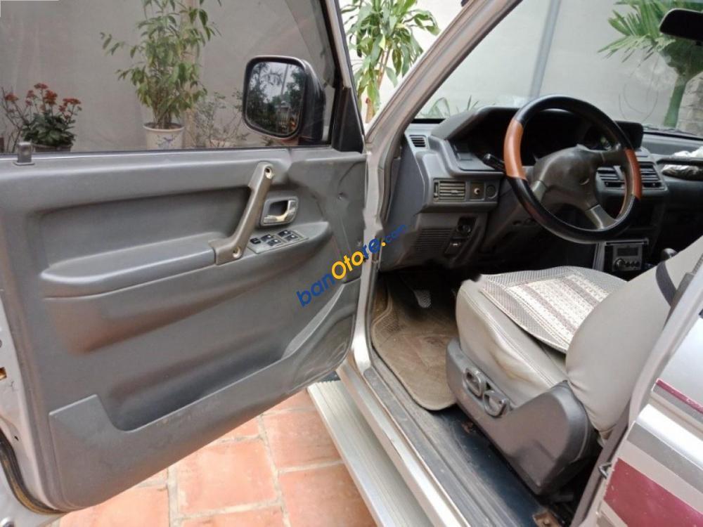 Bán ô tô Mitsubishi Pajero sản xuất 1994, màu bạc, xe nhập