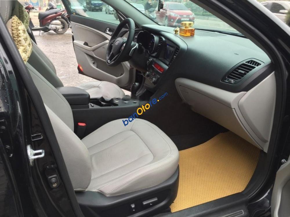 Bán xe Kia K5 2.0 AT năm sản xuất 2011, màu đen, xe nhập