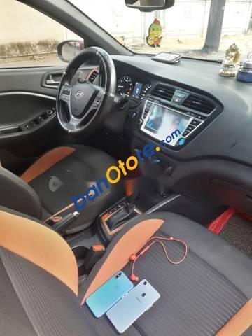 Cần bán lại xe Hyundai i20 Active năm 2016, màu đỏ, nhập khẩu số tự động