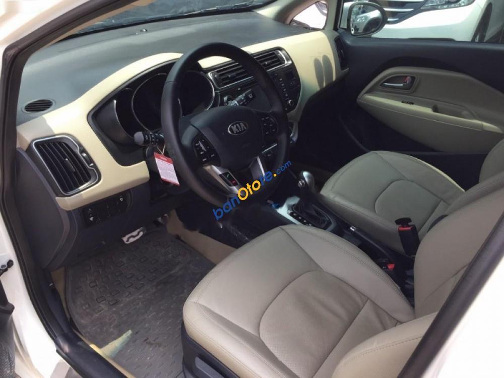 Cần bán xe Kia Rio 1.4AT đời 2016, màu trắng, xe nhập chính chủ