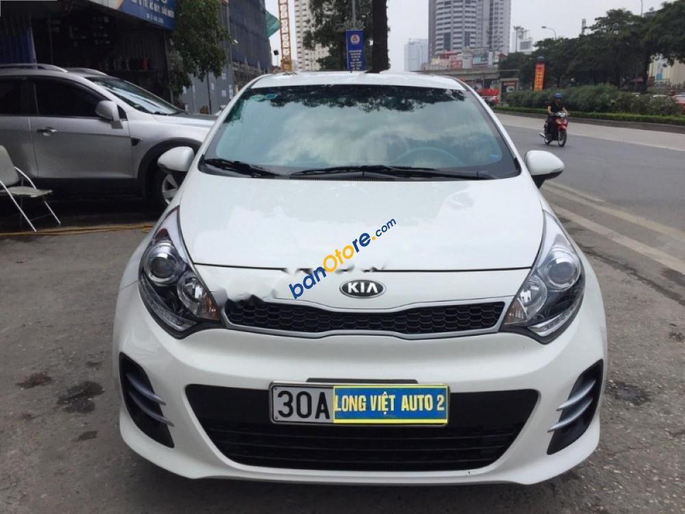 Chính chủ bán Kia Rio 1.4AT đời 2017, màu trắng, biển Hà Nội