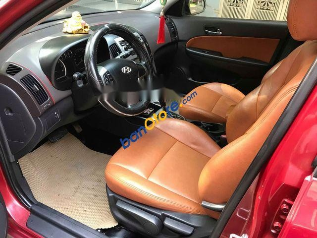 Bán Hyundai i30 CW năm sản xuất 2010, màu đỏ, nhập khẩu ít sử dụng
