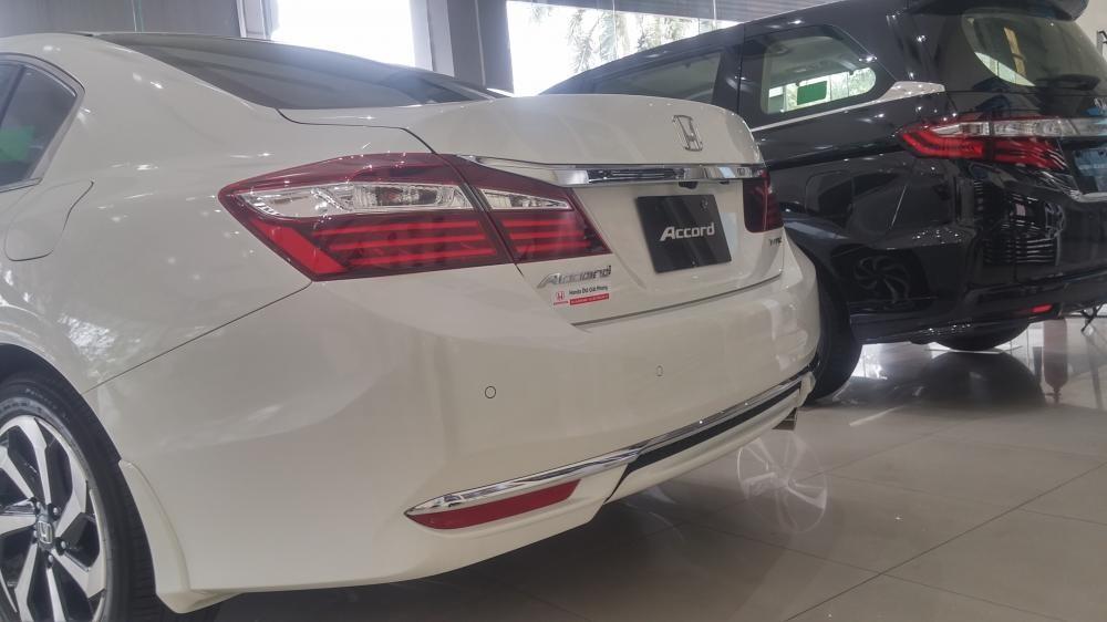 Honda Giải phóng! Honda Accord 2.4 đời 2019 màu trắng, nhập khẩu nguyên chiếc Thailand - LH 0903273696