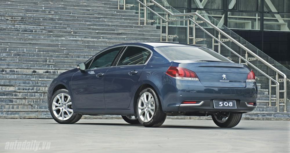 Peugeot Quảng Ninh bán Peugeot 508 Facelift màu xanh lam, xe nhập khẩu nguyên chiếc