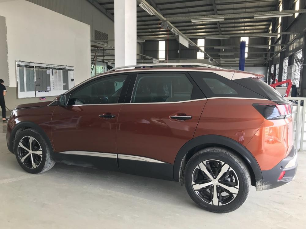 Peugeot Quảng Ninh bán ô tô Peugeot 3008 all new 2018 màu cam