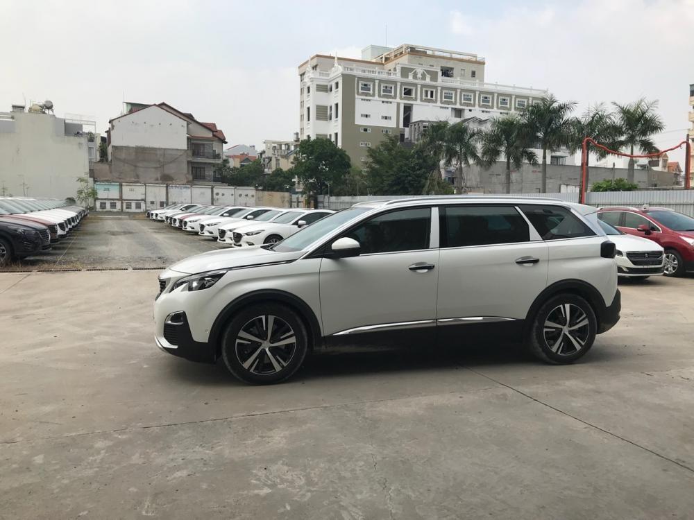 Peugeot Hải Phòng, khuyến mại khủng giá xe Peugeot 5008 SUV 2018 có xe giao ngay, hotline 0123.815.1118