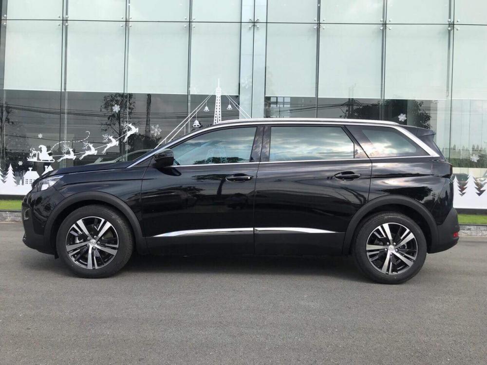 PEUGEOT HẢI PHÒNG | Khuyến mại khủng giá xe Peugeot 5008 SUV 2018, màu đen, có xe giao ngay