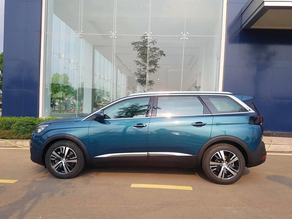 Peugeot Quảng Ninh cần bán xe Peugeot 5008 all new 2018, màu xanh lam