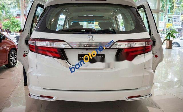 Cần bán Honda Odyssey năm sản xuất 2018, màu trắng, nhập khẩu
