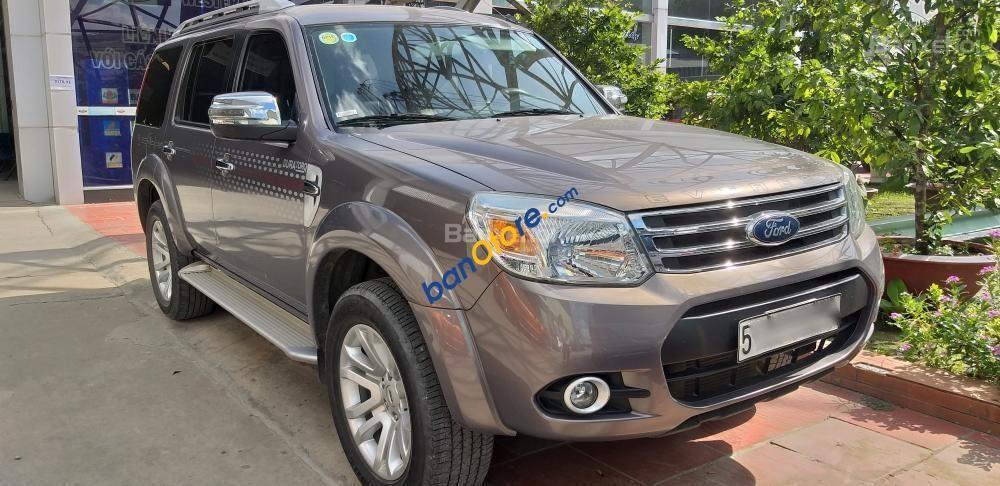 Bán Ford Everest MT, 2013, 632 triệu, có thương lượng, 48.000km, bảo hiểm 1 năm