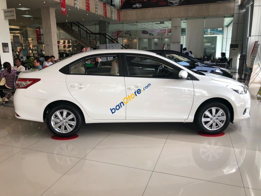 Bán Toyota Vios E sản xuất 2018, màu trắng, 493tr