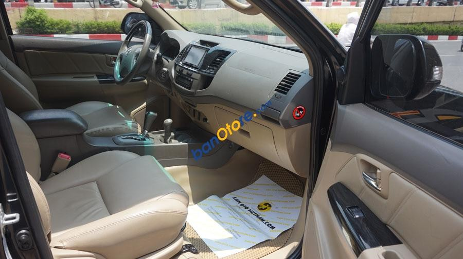 Bán Toyota Fortuner V sx 2013 AT, 2 cầu