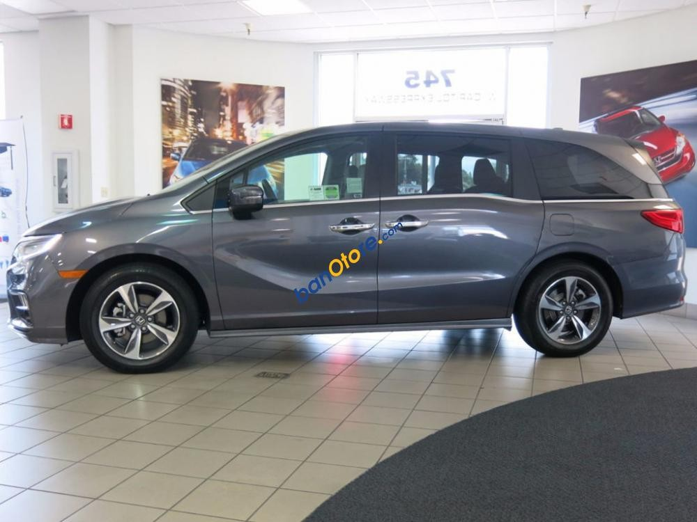 Bán ô tô Honda Odyssey năm sản xuất 2018, màu xám, nhập khẩu