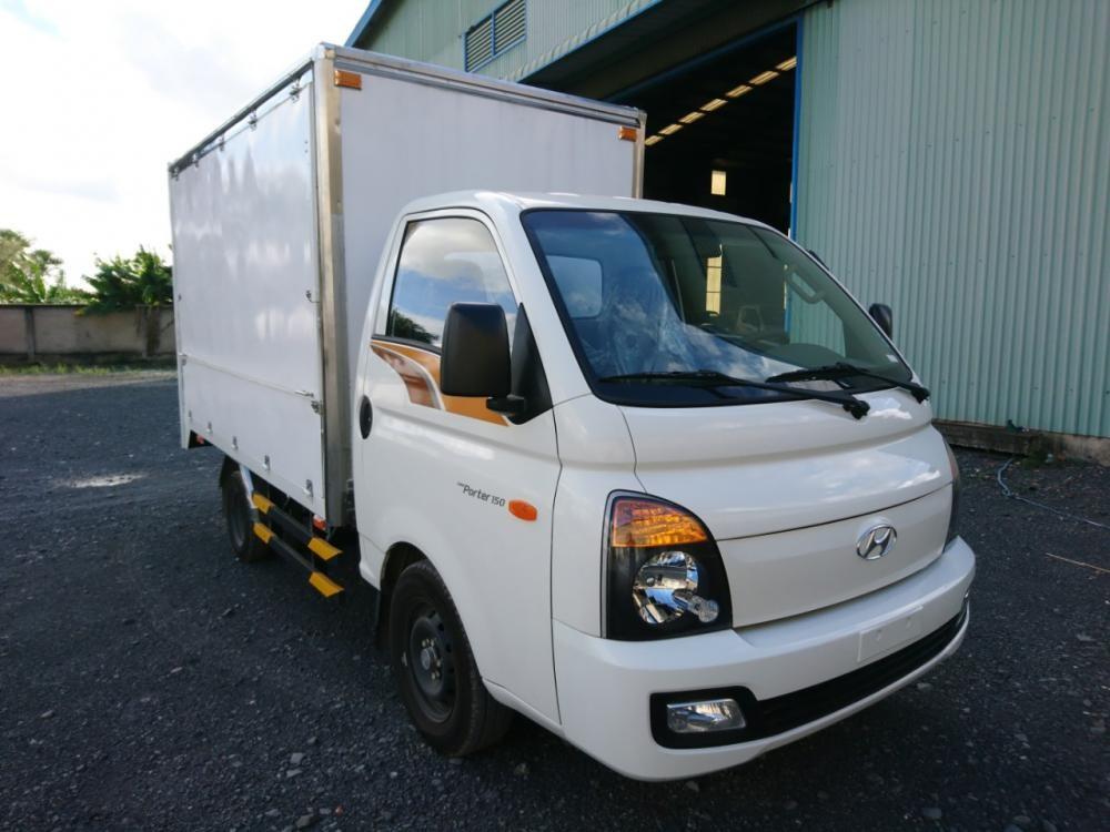 Bán xe Hyundai Porter 1.5T - Cánh dơi màu trắng