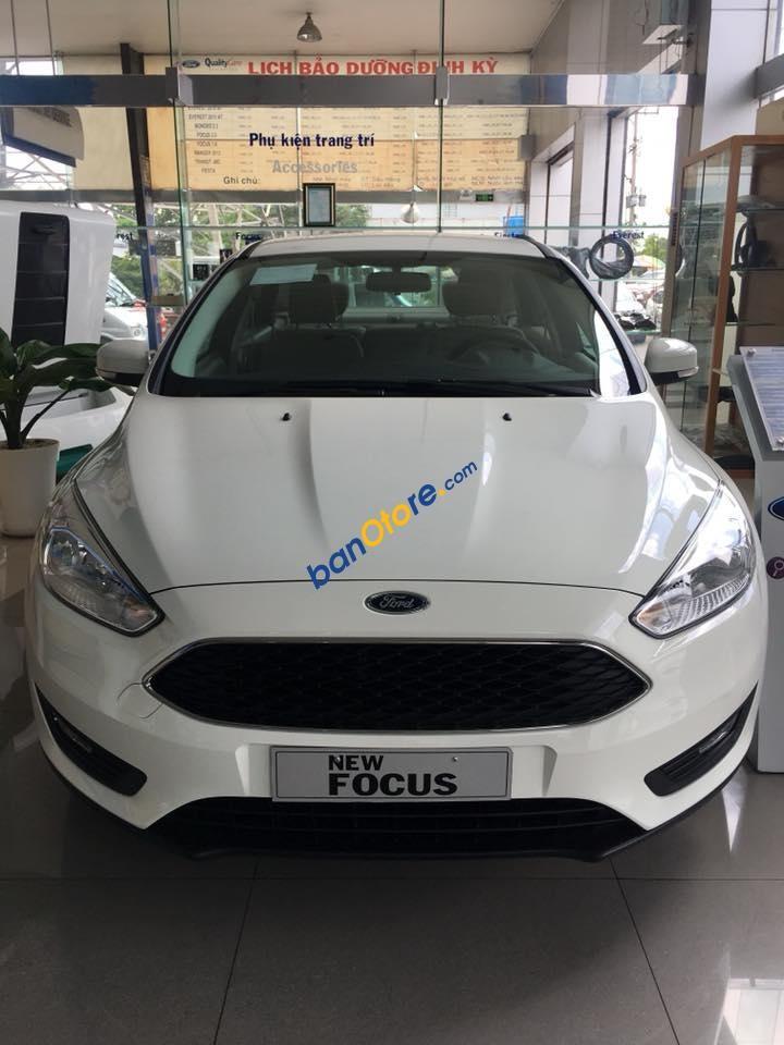Đưa trước 140tr là nhận ngay xe Ford Focus 2018, xe giao trong tuần, KM BHVC, phim,.. LH: 0935437595 để được tư vấn