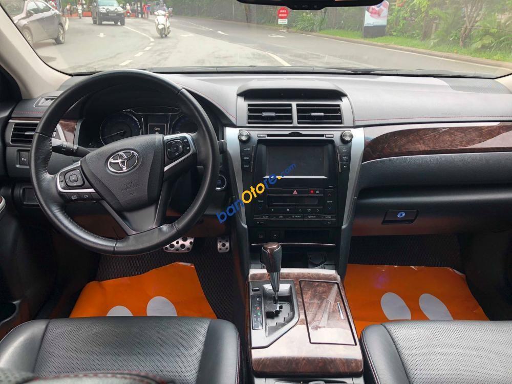 Bán Toyota Camry 2.5Q SX 2015, form 2016
