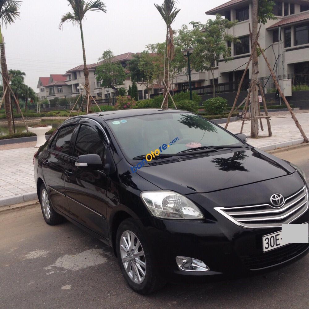 Gia đình cần bán gấp chiếc Toyota Vios 1.5 E sản xuất 2011, màu đen, số sàn, chính chủ gia đình đang sử dụng
