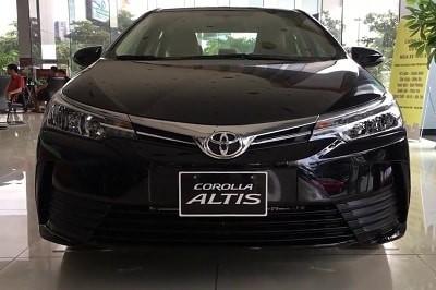 Bán Toyota Corolla Altis 1.8, khuyến mại hấp dẫn, tặng bảo hiểm vật chất, nhiều màu giao ngay, hỗ trợ vay tới 90%