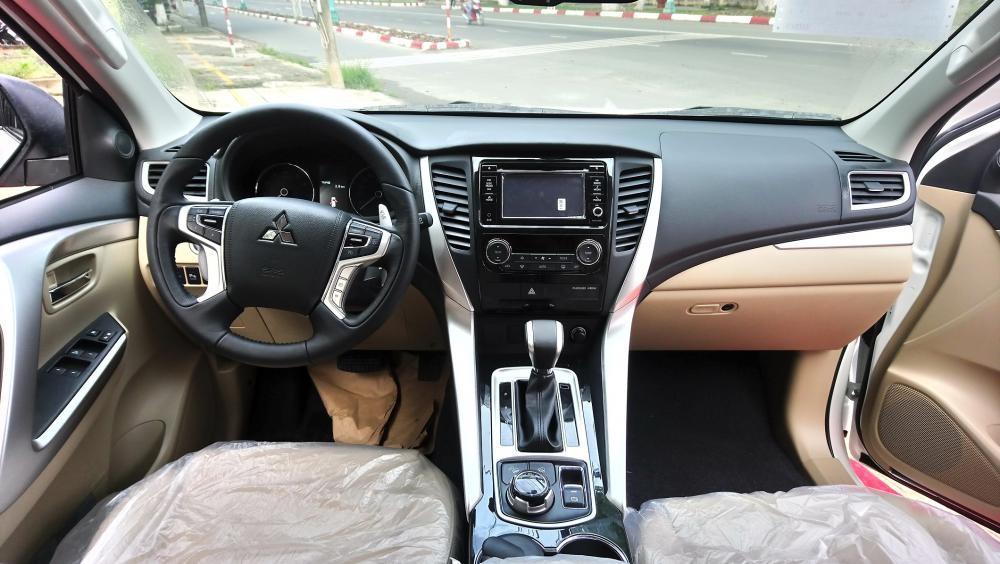 Cần bán Mitsubishi Pajero Sport 4x4 AT 2018, màu nâu, báo hồ tỉnh trả góp, liên hệ 0906.884.030