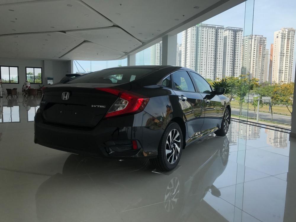 Honda Quận 7 bán Honda Civic 1.5L VTEC Turbo đời 2018, màu đen, hỗ trợ NH 85%