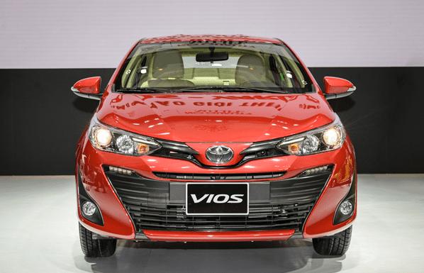xe 4 chỗ máy dầu Toyota Vios