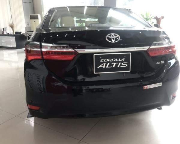 ĐạI lý Toyota Thái Hòa Từ Liêm bán Corolla Altis 1.8 E MT đủ màu. LH: 0964898932