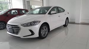 Bán xe Hyundai Elantra mới 2021, giá cạnh tranh