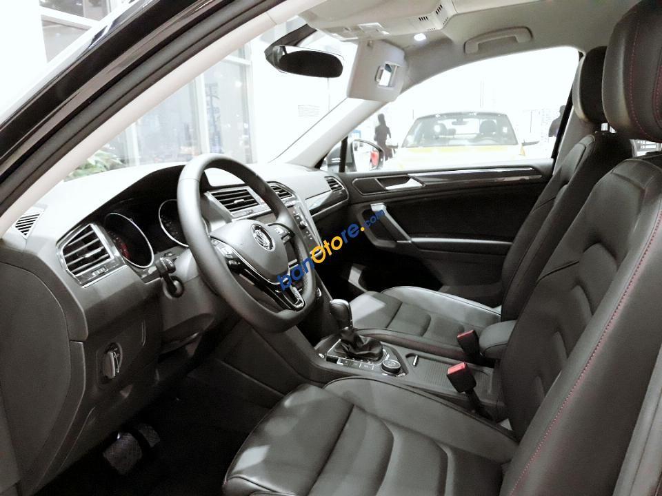 Bán ô tô Ford Escape sản xuất năm 2018, màu đen, nhập khẩu