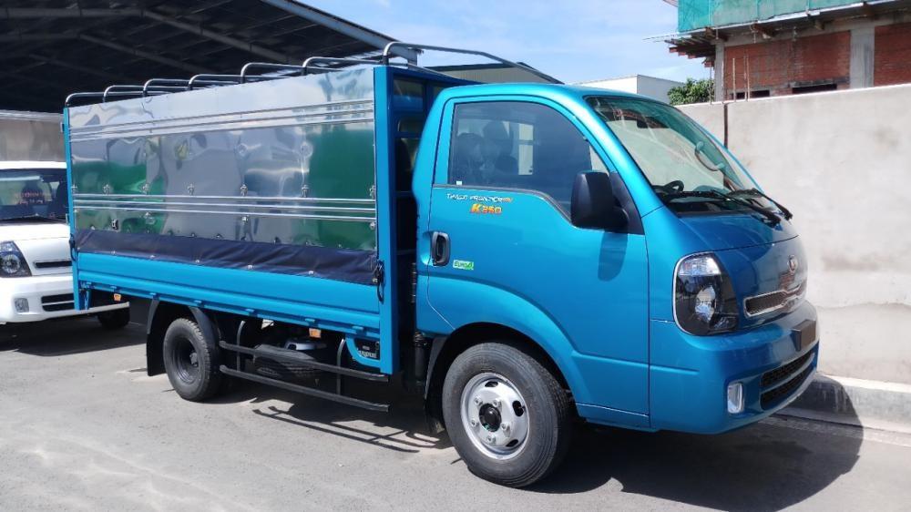 Bán xe tải Kia K250 2T4 màu xanh dương xe có sẵn, giao xe ngay