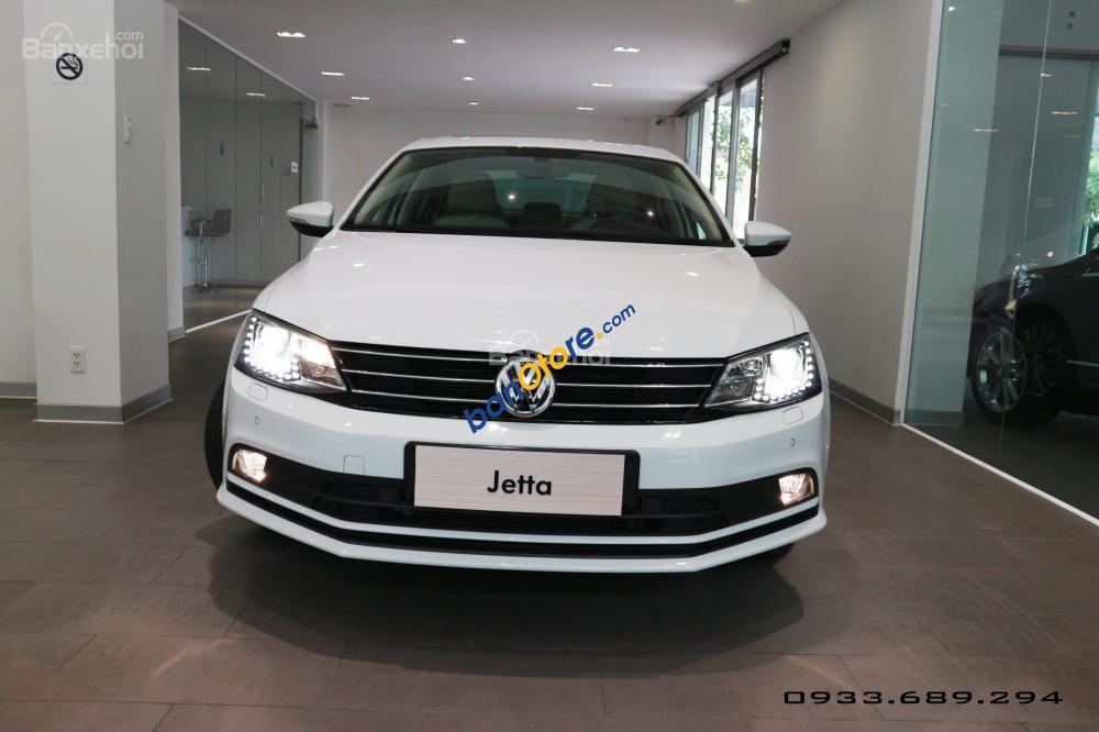 Cần bán xe Volkswagen Jetta 1.4L năm 2017, màu trắng, nhập khẩu, giá chỉ 899 triệu