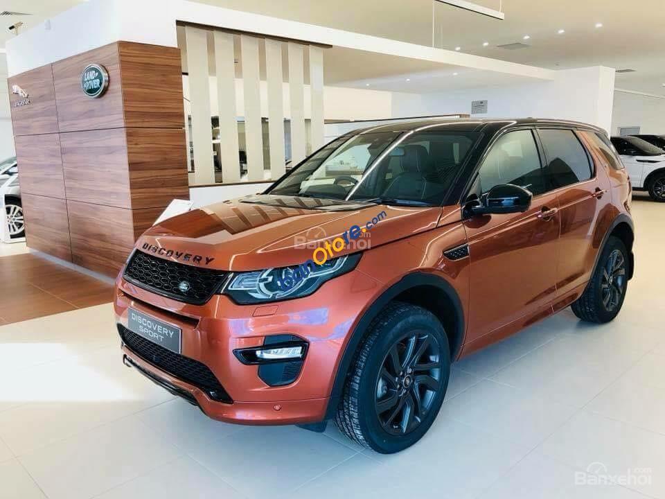 Bán xe LandRover Discovery đời 2018, nhập khẩu nguyên chiếc màu cam, xám, trắng, đen 2018 giao xe toàn quốc