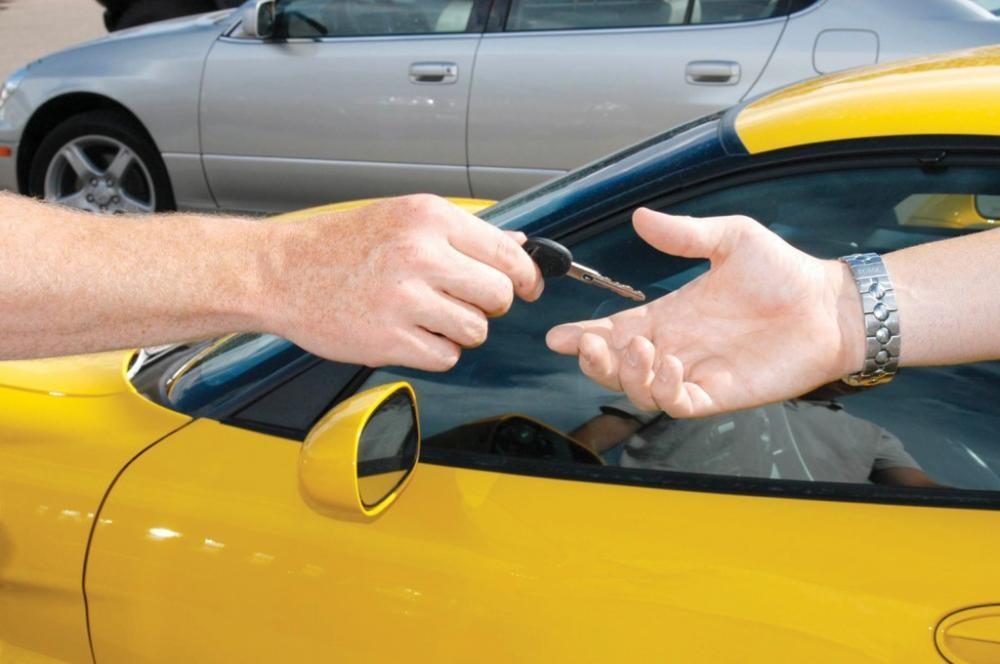 Bán xe hơi phải gửi văn bản thông báo cho cơ quan đăng ký