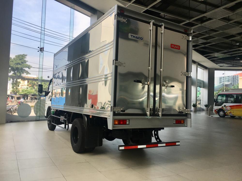 Bán xe tải Fuso Canter 4.99, tải 2.1 tấn thùng 4.35m, động cơ Mitsubishi E4