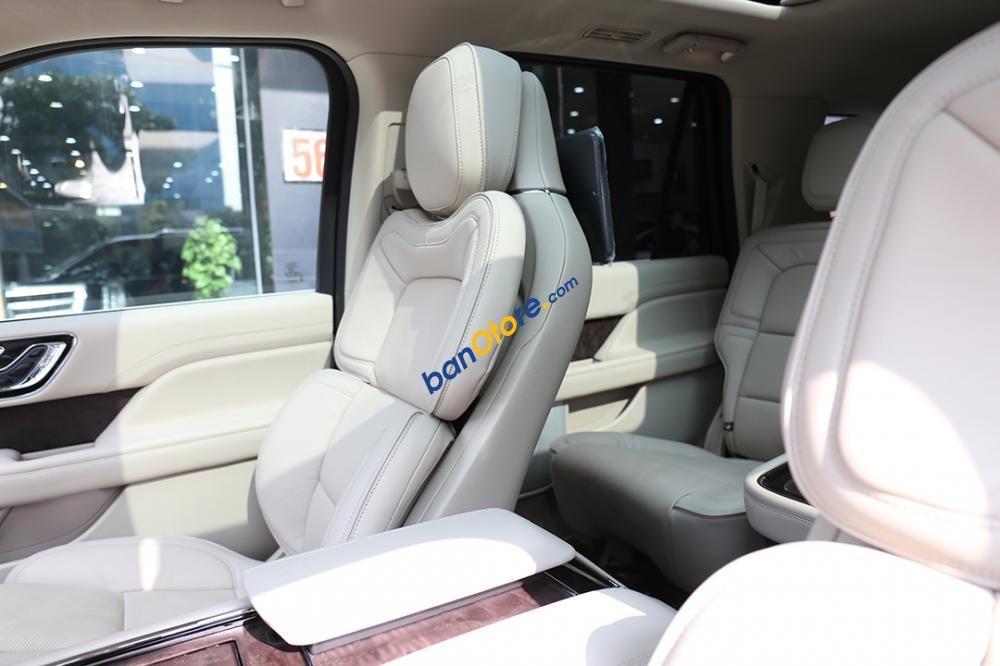 Cần bán Lincoln Navigator Black Label L năm sản xuất 2019, màu đen, nhập khẩu Mỹ