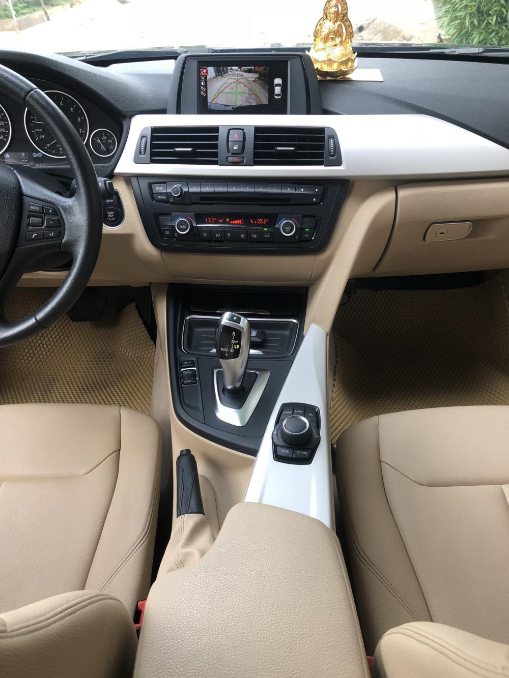 Cần bán xe BMW 3 Series 320i 2015, màu đen, nhập khẩu nguyên chiếc