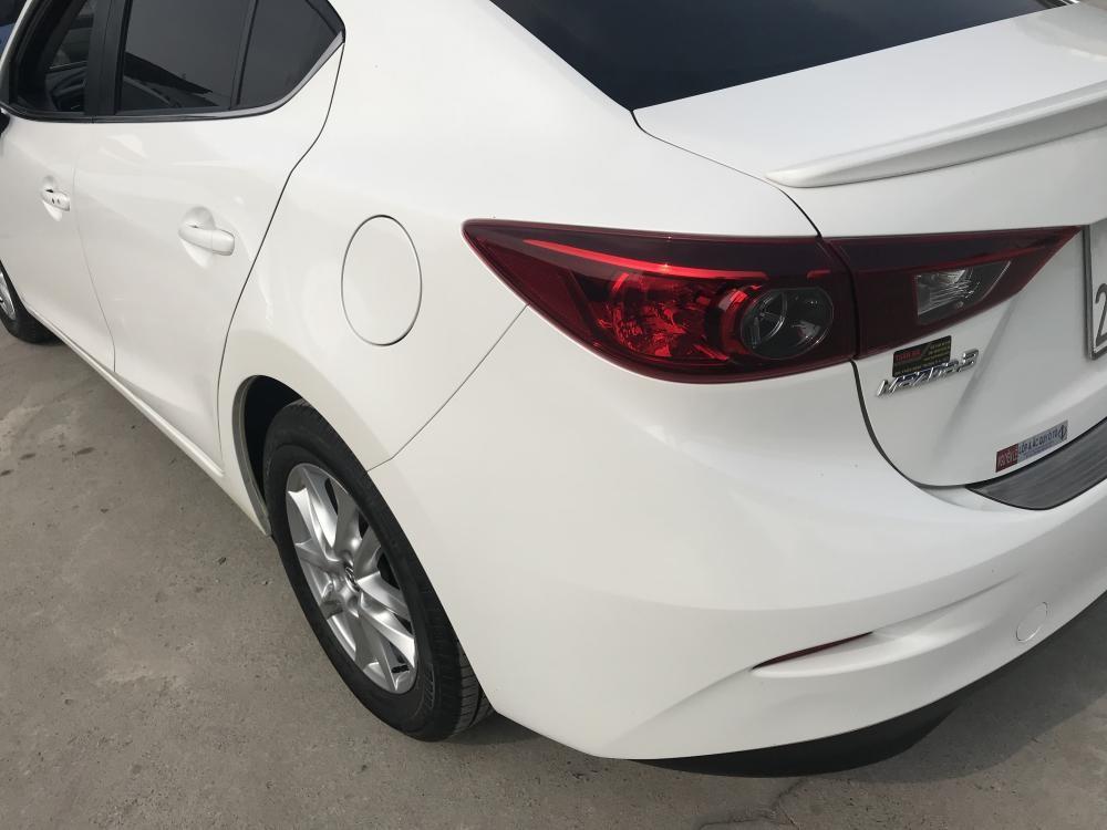 Bán ô tô Mazda 3 AT 2017, màu trắng