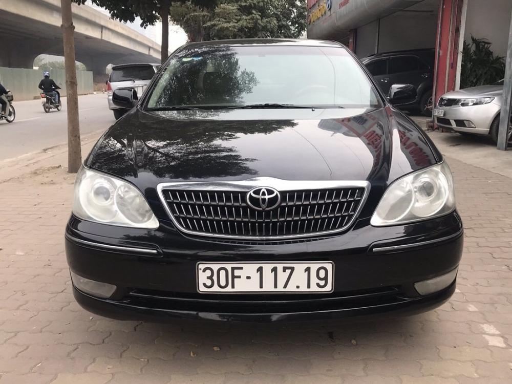 Bán ô tô Toyota Camry 2.4MT sản xuất 2005, ĐK 2006 màu đen