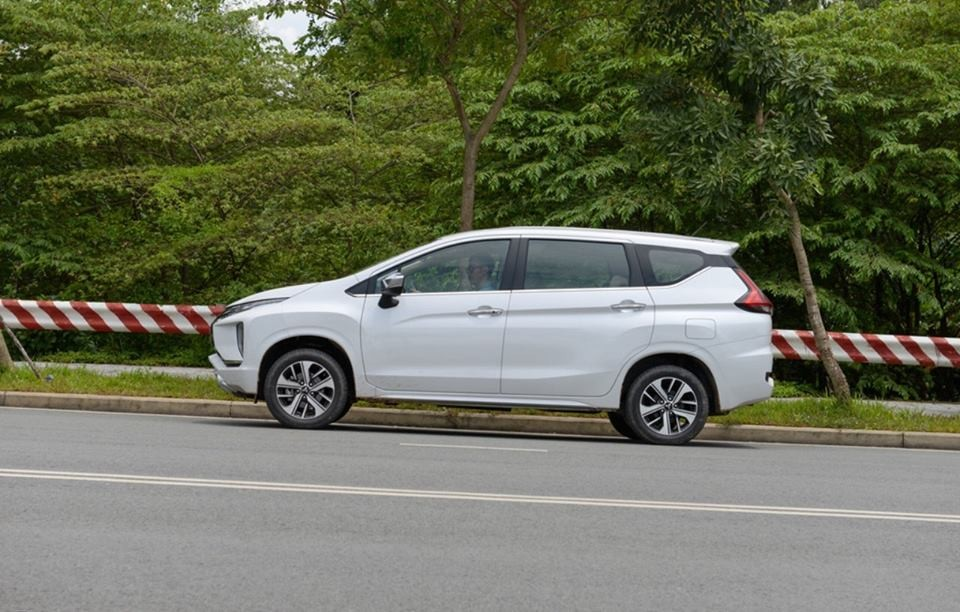 Bán xe Mitsubishi Chọn 2018, màu trắng, nhập khẩu nguyên chiếc, 620 triệu