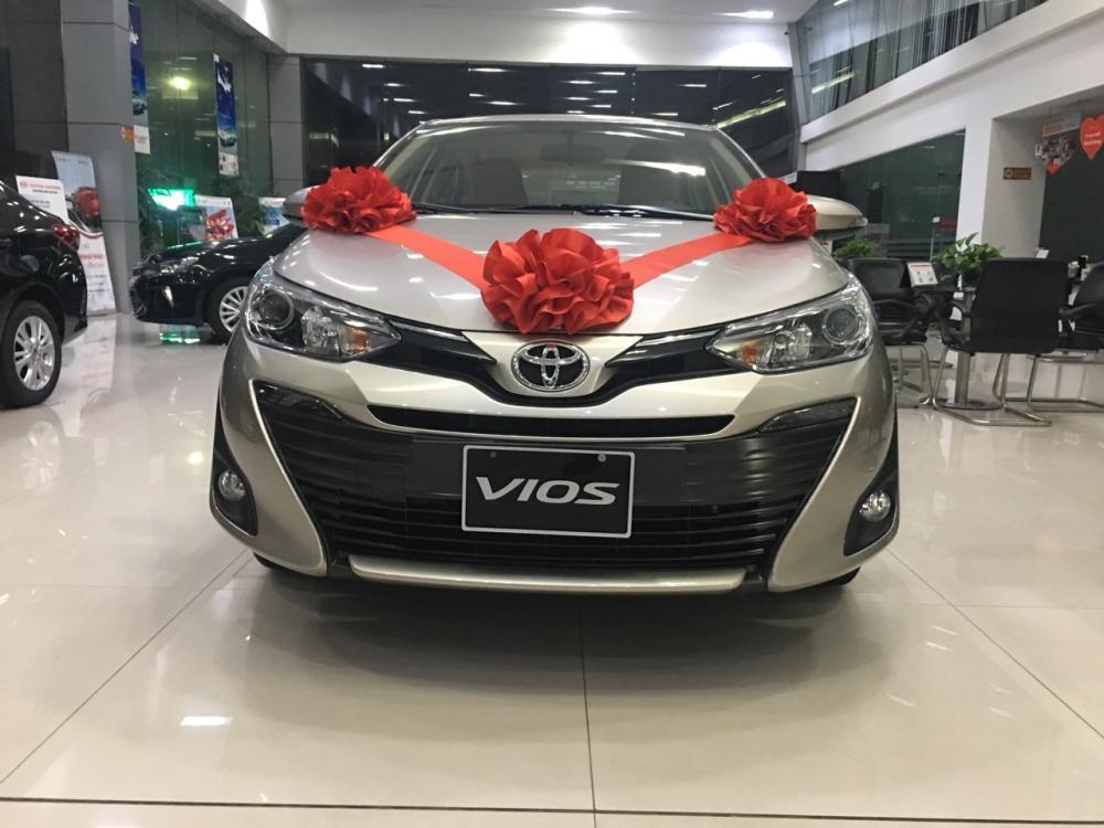 Bán xe Toyota Vios G sản xuất 2019, màu vàng cát