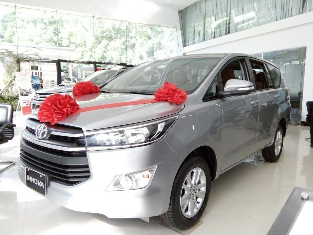 Mua Innova đến Toyota Hà Đông nhận ưu đãi khủng mừng năm mới