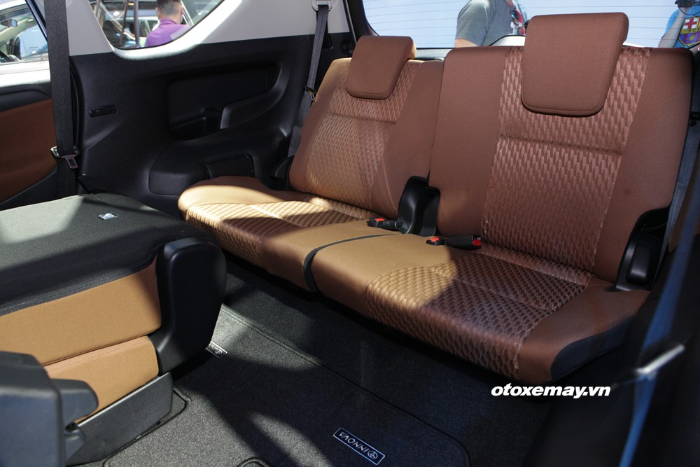 Toyota Innova 2019 khuyến mải hấp dẫn - giao xe ngay - 0909 399 882