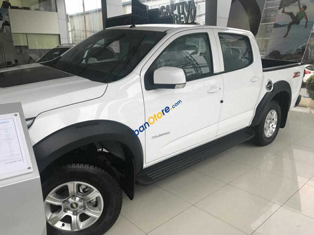 Bán ô tô Chevrolet Colorado LT sản xuất năm 2019, màu trắng, nhập khẩu nguyên chiếc, giá chỉ 646 triệu