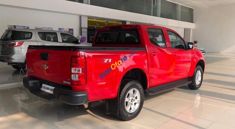 Bán Chevrolet Colorado LT sản xuất 2018, màu đỏ, nhập khẩu nguyên chiếc