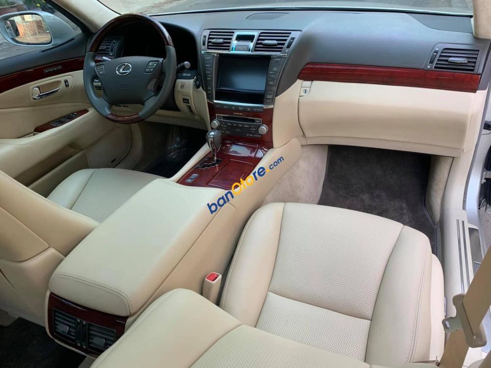 Bán ô tô Lexus LS 460L sản xuất năm 2010, nhập khẩu số tự động