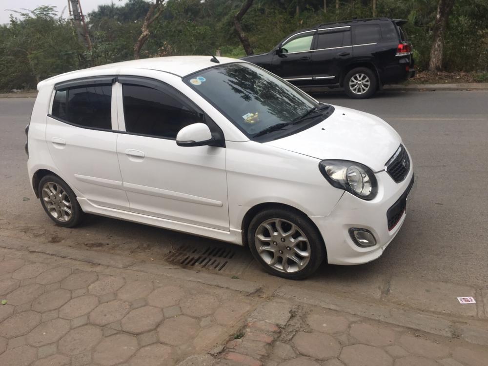 Cần bán xe Kia Morning Sport 2012, đăng kí lần đầu 2013 màu trắng, giá chỉ 215 triệu