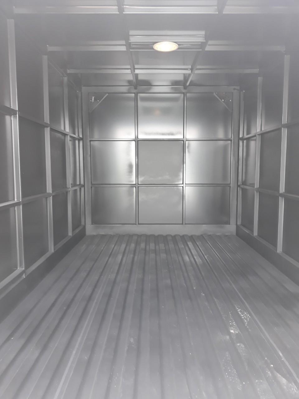Bán xe tải thùng kín dưới 1 tấn